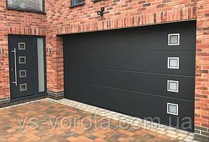 Ворота Doorhan RSD 01 размер 3000х2200 мм - гаражные секционные Чехия