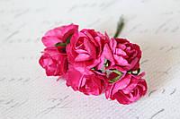 Бумажные цветочки розы 6 шт/уп. 3 см для скрапбукинга малинового цвета, фото 1