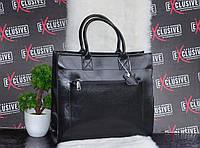 Кожаная женская сумка черная.