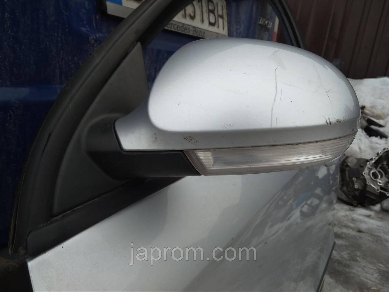 Зеркало заднего вида левое Volkswagen Passat B6 2005-2010г.в. универсал серебро