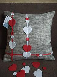 Наволочка сіра з сердечками , на молнії , для декоративної подушки 35*35