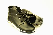 Подростковые ботинки  натуральная кожа черные  зимние и демисезонные от производителя KARMEN 35