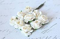 Бумажные цветочки для скрапбукинга 9 шт. 2 см на ножке бежевого цвета, фото 1
