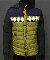 Мужская куртка оливкового цвета
