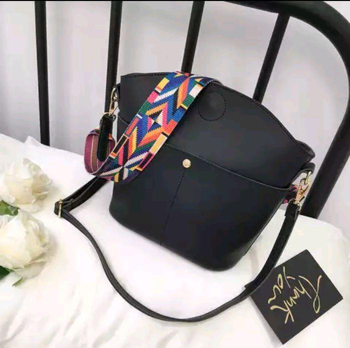 1125ac1c0e3f Сумка - шоппер женская черная - Интернет-магазин