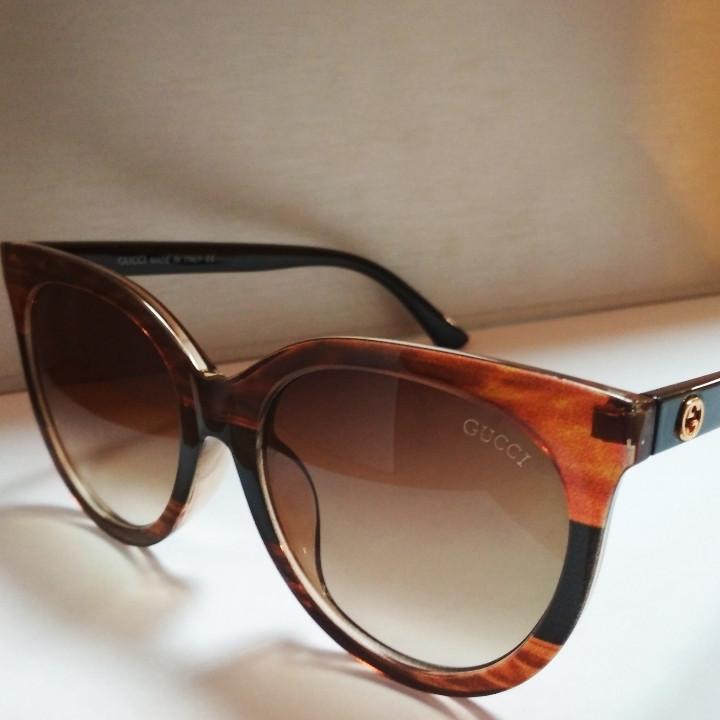 Солнцезащитные очки Gucci 0179