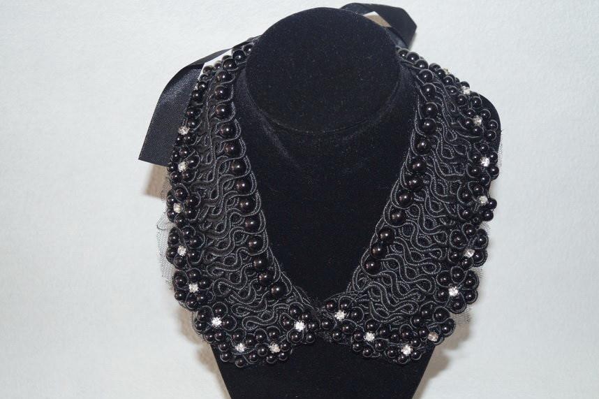 Воротник ожерелье. Жемчуг черные камни