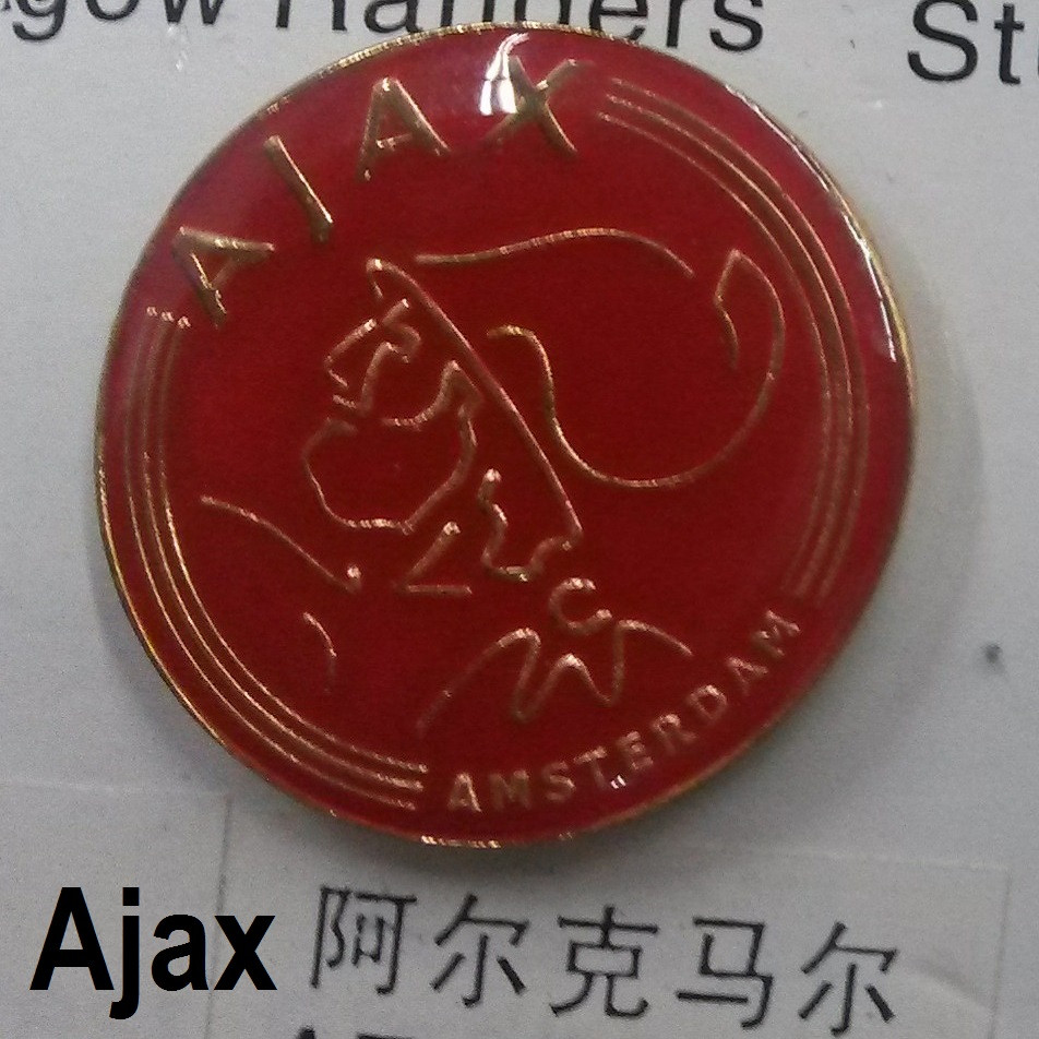 Металлический значок футбольного клуба Аякс