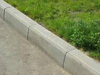 Дорожный бордюр из гранита