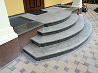 Ступени из натурального камня (гранит, мрамор)