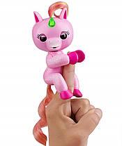 Интерактивный ручной блестящий единорог Fingerlings Джоджо Light Up Unicorn WowWee