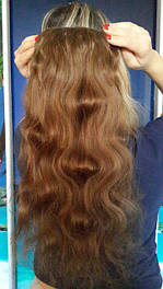 Натуральные волнистые волосы на заколках