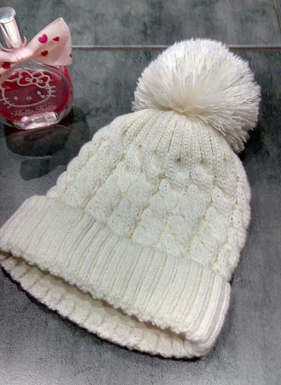 Молочная вязаная шапка для девочки Barbaras р-р 42-44, 44-46