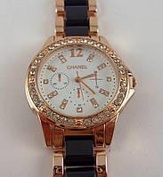 Женские часы Chanel (Шанель) 012875 золотистые с черными вставками в стразах