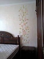 """Художественная роспись стен в спальне """"Розы"""""""