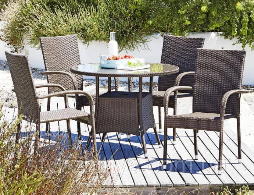 Садові меблі Стіл + 4 крісла
