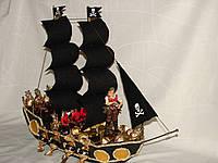 """Пиратский корабль из конфет""""Морской пират"""""""