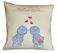 Сувенирная подушка с вышивкой Мишек Тедди