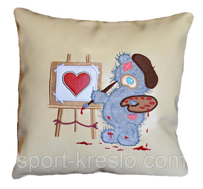 Сувенирная подушка с вышивкой Мишки Тедди