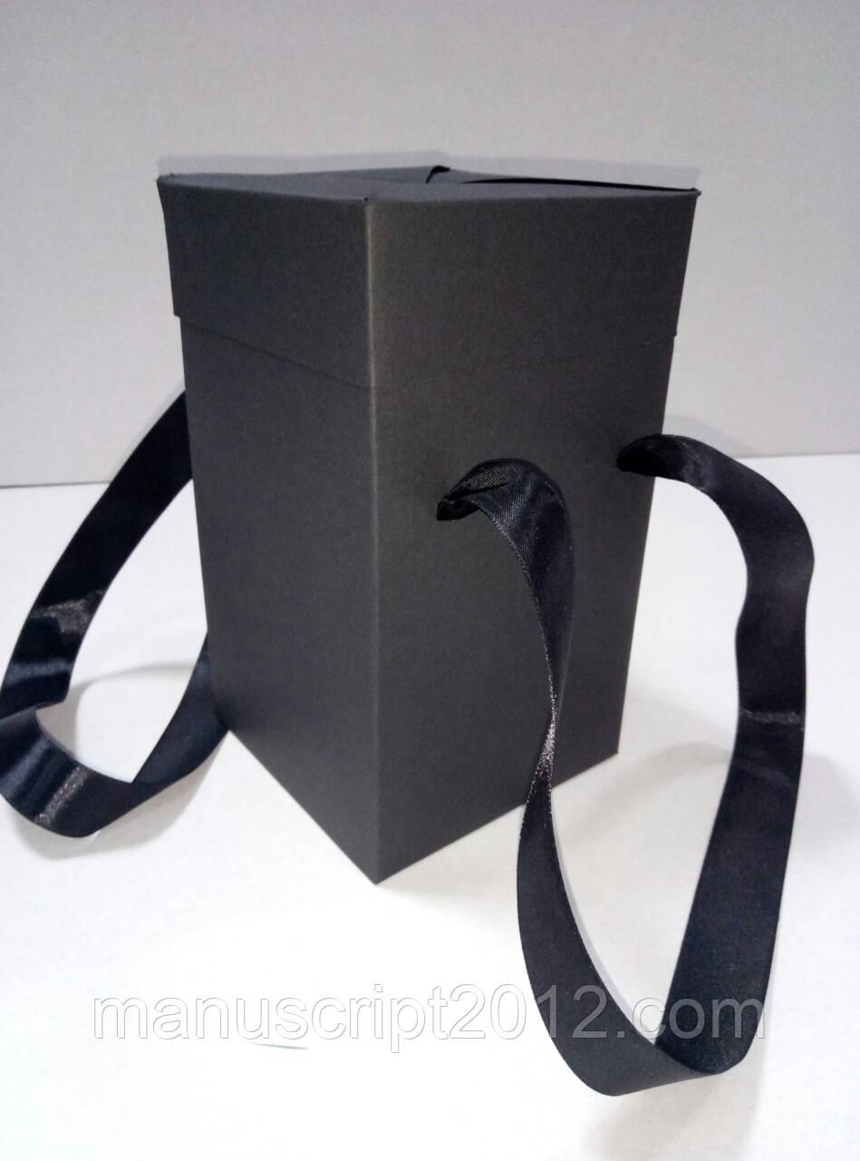 Коробка подарочная с ручками черная (114*114*195 мм)