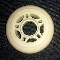 Колесо для роликов UniBC PU 72мм 82А белое полиуретановое