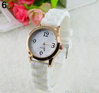 Женские кварцевые часы GENEVA Женева с силиконовым ремешком белые, женские часы фирмы