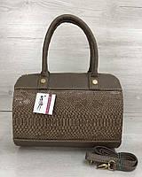 Коричневая сумка-саквояж 32002 овальная под рептилию, фото 1