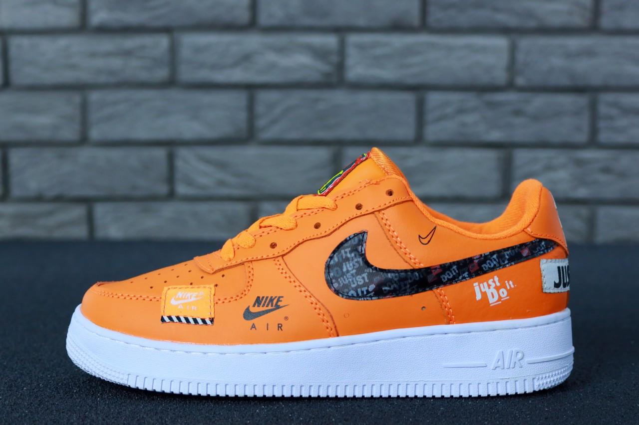 a08e818b Мужские кроссовки Nike Air Force 1 Low Just Do It оранжевые топ реплика -  Интернет-