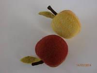 Шерстяные яблочки