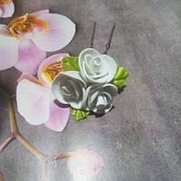 """Шпилька""""белые розы"""""""