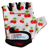 Перчатки детские Kiddi Moto белые с вишенками, размер М на возраст 4-7 лет