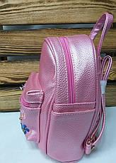 Маленький рюкзак из искусственной кожи светло малинового цвета с вставками цветов, фото 2