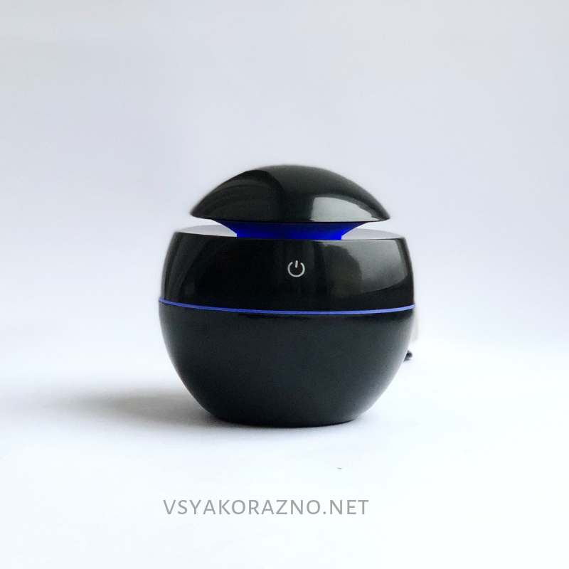 Мини увлажнитель воздуха, ароматизатор и освежитель воздуха с подсветкой (черный)