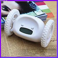 Прикольный убегающий будильник на колесах Runaway clock alarm clock White, оригинальный подарок, фото 1