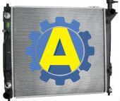 Радиатор охлаждения двигателя на Хьюндай Санта Фе (Hyundai Santa Fe) 2012-2015