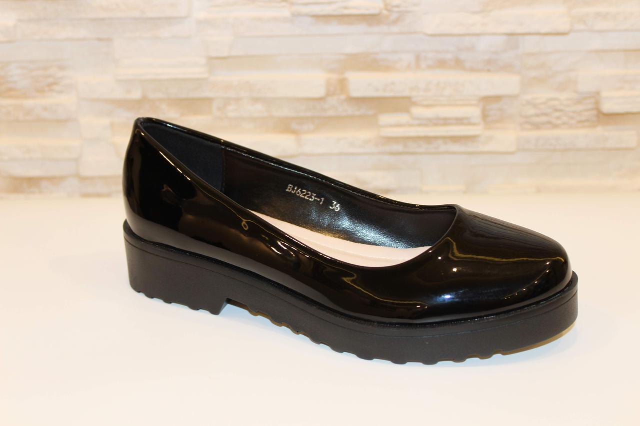 Туфли женские черные лаковые Т27
