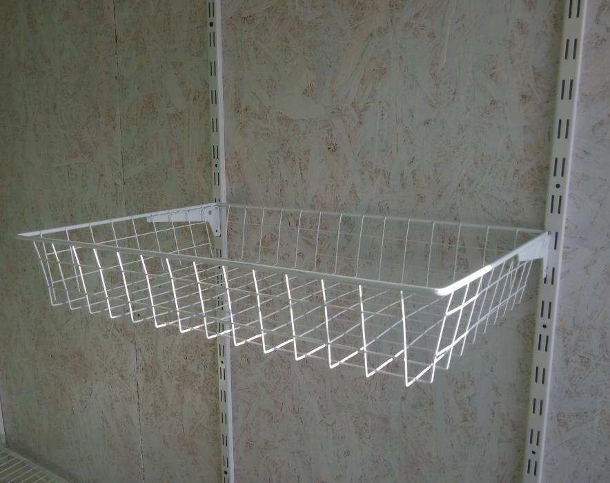 Кошик сітчастий шириною 606 мм глубиною 400мм висотою 100мм для гардеробної системи зберігання Україна