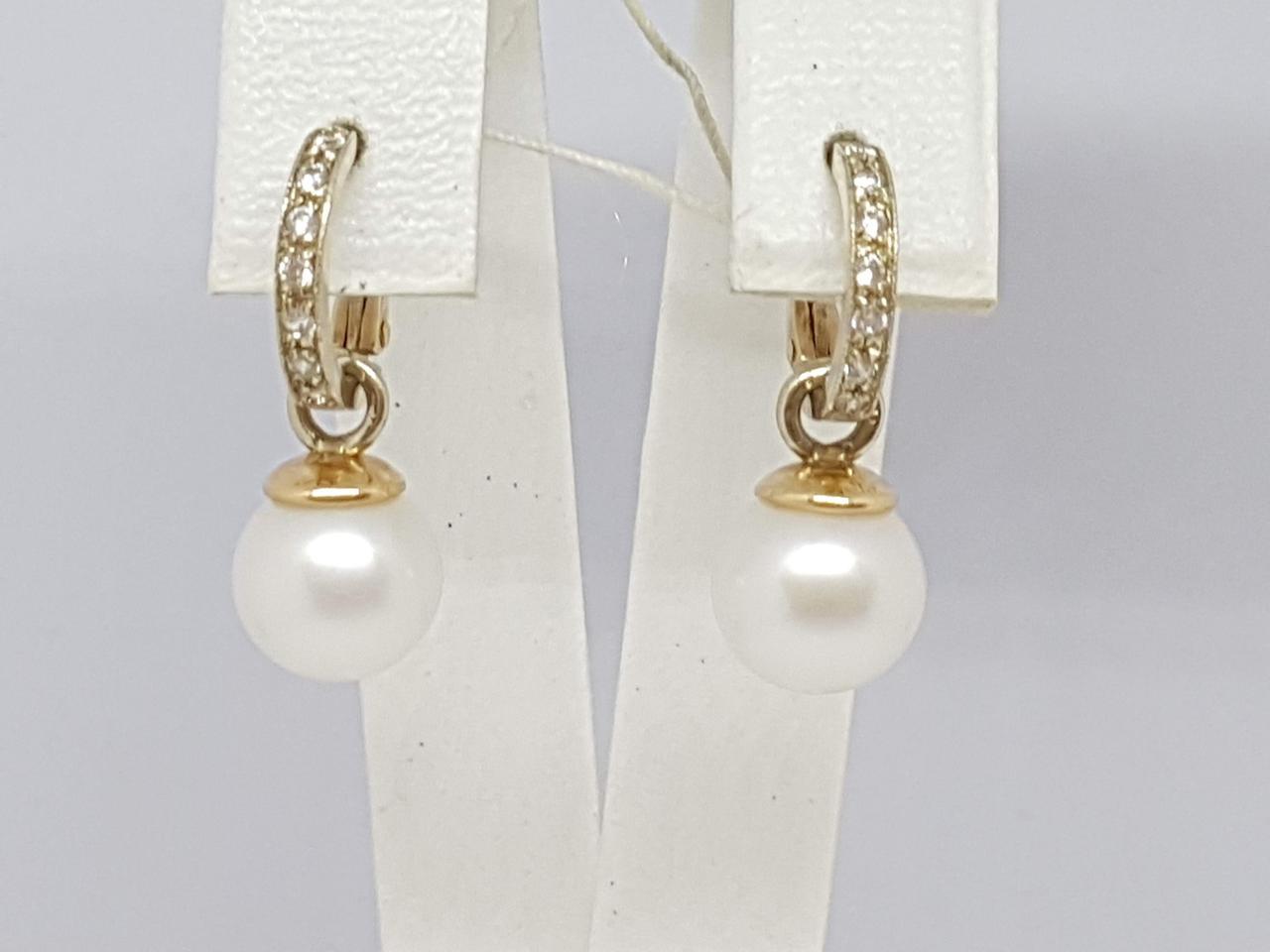 Золотые серьги с жемчугом и фианитами. Артикул 3532593