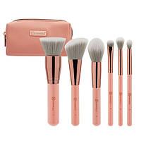 Небольшой набор кистей для макияжа в косметичке Petite Chic – 6 Piece Mini Brush Set BH Cosmetics Оригинал