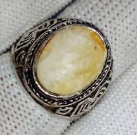 Кольцо с натуральным янтарем вес 6г размер 18