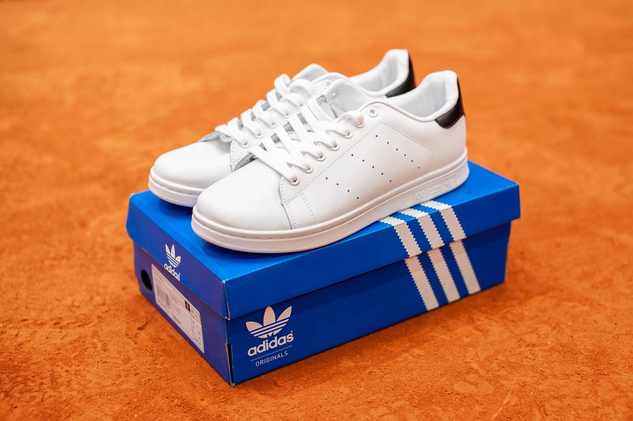 Мужские белые в стиле кроссовки Adidas Stan Smith (White/black), (Реплика ААА)