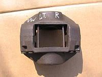 Тормозной суппорт правый б/у на VW LT 28-35, 40-55