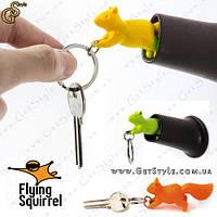 """Брелок и держатель для ключей - """"Flying Squirrel"""""""