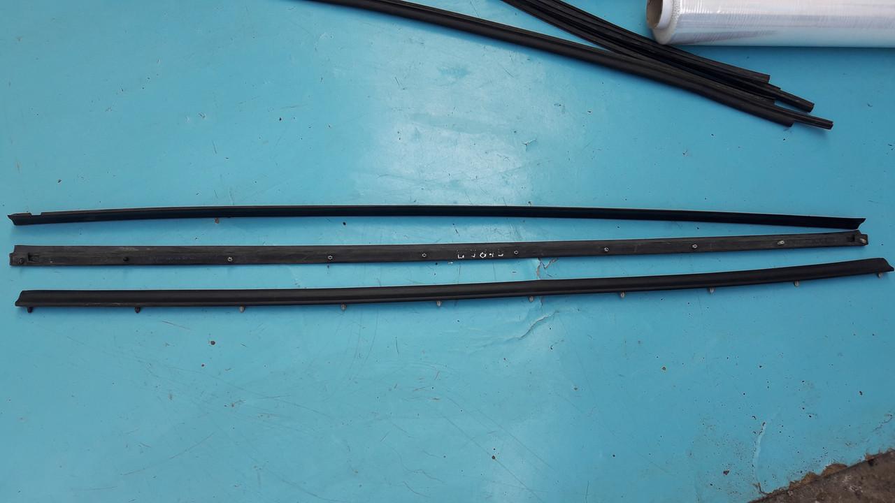 Нижний уплотнитель передней двери бмв е39 bmw e39