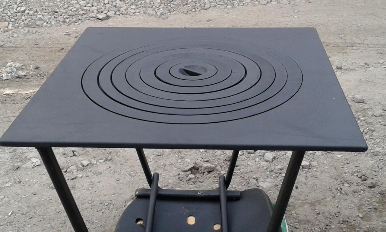 Плита чугунная, печная 550х550 мм (поставляется без ножек)