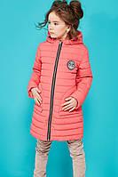 Красивая удлиненная детская куртка на весну