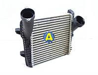 Радиатор интеркулера на Ауди Q7 (Audi Q7) 2005-2015