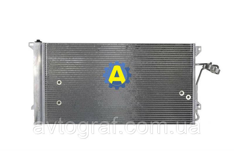 Радиатор кондиционера на Ауди Q7 (Audi Q7) 2005-2015