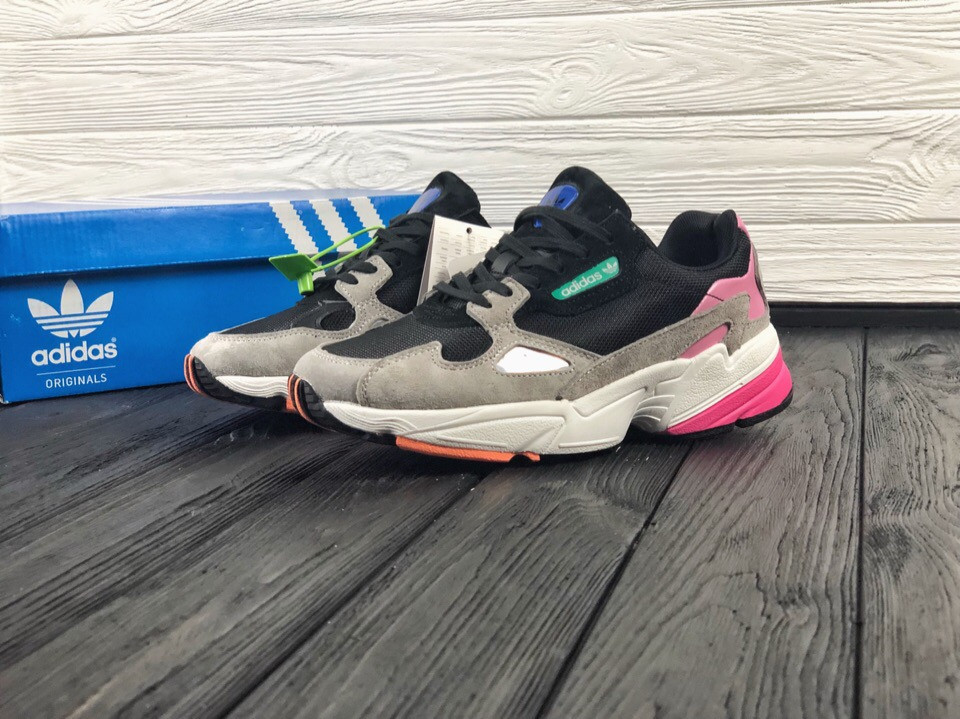 Женские кроссовки в стиле Adidas Falcon, (Реплика ААА)