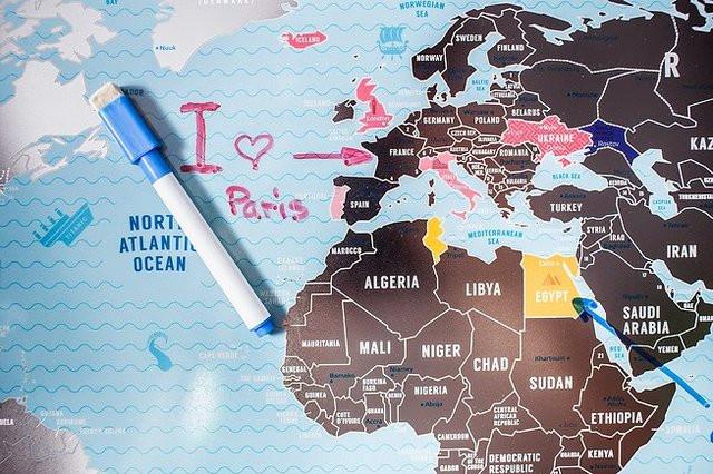 Скретч-карта мира Travel map серебро, англ.